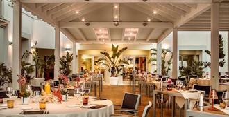 Jazz Hotel - אולביה - מסעדה