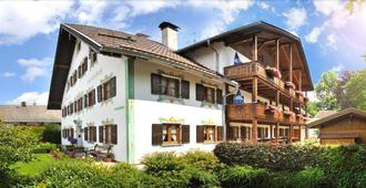 Gästehaus Enzianhof Hotel Garni - Oberammergau - Κτίριο