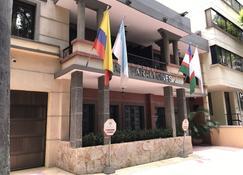 Hotel Casa Farallones - Santiago de Cali - Edificio