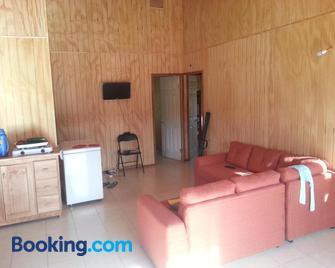 Patagonia 47g - Puerto Guadal - Wohnzimmer