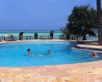 Tanzanite Beach Resort - Нунгві