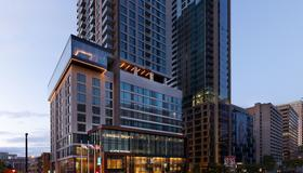 AC Hotel by Marriott Montreal Downtown - Montreal - Building