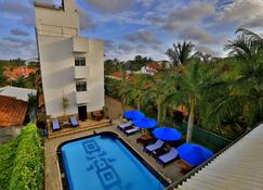 St. Lachlan Hotel & Suites - Negombo - Pool