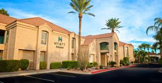 Hyatt House Scottsdale Old Town - Scottsdale - Building