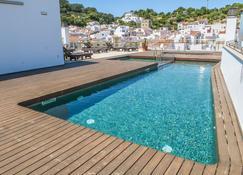 هوتل لوار فيريريز - فرررييس - حوض السباحة