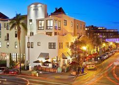 La Pensione Hotel - San Diego - Building