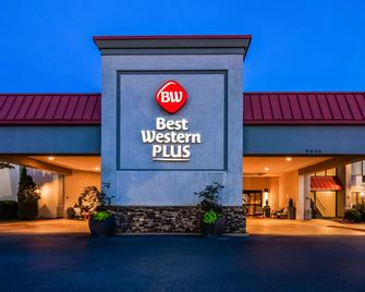 Best Western Plus Madison-Huntsville Hotel - Madison - Building
