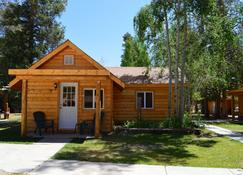 Daven Haven Lodge & Cabins - Grand Lake - Building