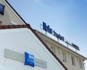 Ibis Budget Dole - Choisey - Building
