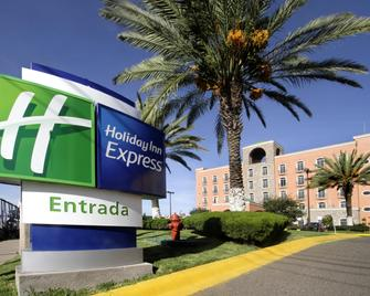 Holiday Inn Express Guanajuato - Ґуанахуато - Building