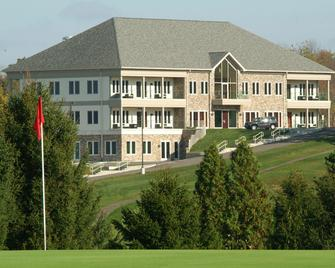 Lenape Heights Golf Resort - Ford City - Building