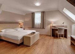 Hotel Doctor Weinstube - Bernkastel-Kues - Chambre