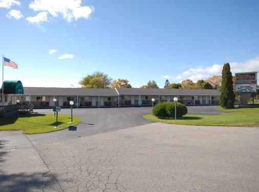 Wayside Motel - Saint Ignace - Rakennus