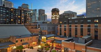 Renaissance Minneapolis Hotel, The Depot - Minneapolis - Outdoors view