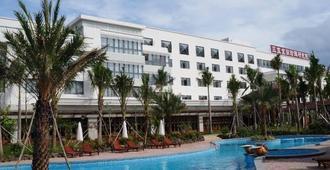 Sanya Jing Run Pearl Theme Hotel - ซานย่า