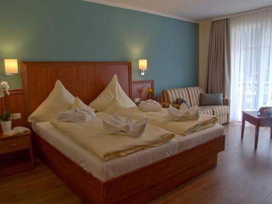 R&R Strandhotel Baabe - Ostseebad Baabe - Schlafzimmer