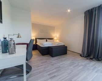 Hotel Kuhn - Mülheim - Bedroom