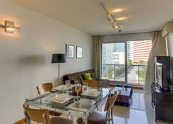 Apartamento Con Piscina Compartida The Point I - Punta del Este - Spisestue