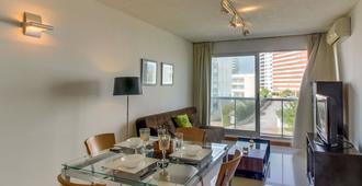 Apartamento Con Piscina Compartida The Point I - Punta del Este - Comedor