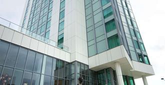 Radisson Blu Hotel, Cardiff - คาร์ดิฟฟ์ - อาคาร