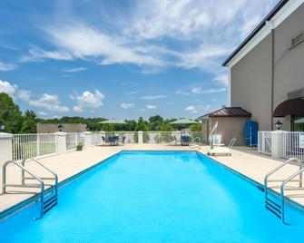 Holiday Inn Express & Suites Fort Payne - Fort Payne - Pool