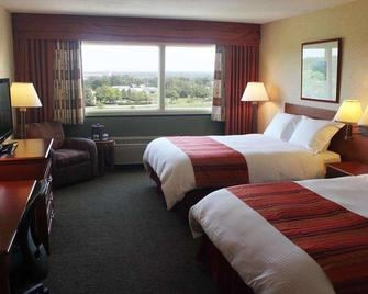 Gateway Hotel and Conference Center - Ames - Bedroom
