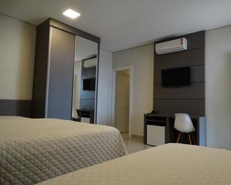 Cynn Hotels - Сан-Жозе-дус-Кампус - Спальня