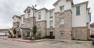 Motel 6 Fort Worth - Fort Worth - Building