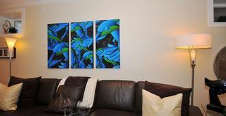 Luxury Romantic Designer Suite on Trendy Main Street - Vancouver - Sala de estar