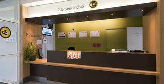 B&b Hotel Grenoble Centre Alpexpo - Grenoble - Resepsjon