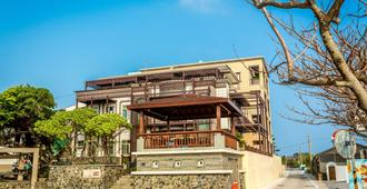 Sea View Villa - Magong City - Building