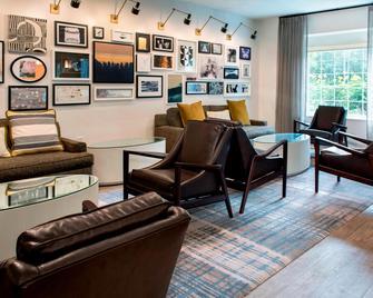 Delta Hotels by Marriott Basking Ridge - Basking Ridge - Wohnzimmer