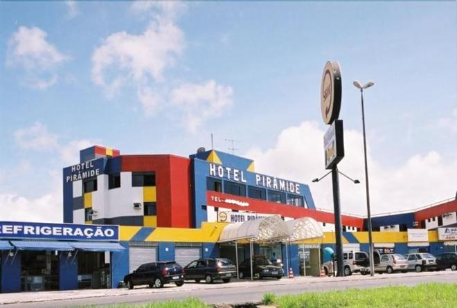 Hotel Piramide - Iguatemi - Salvador de Bahía - Edificio