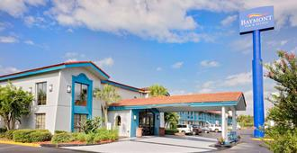 Baymont by Wyndham Jacksonville Orange Park - Jacksonville - Bâtiment
