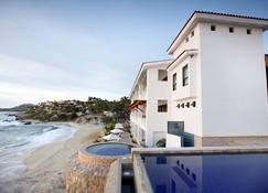 Cabo Surf Hotel & Spa - San José del Cabo - Building