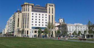 Hotel Bahia - Thành phố Santander - Toà nhà