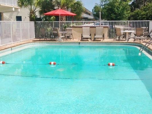America's Best Inn & Suites - Lakeland - Pool