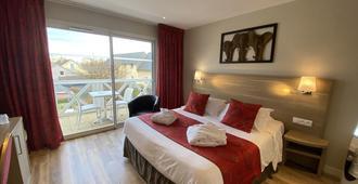 Motel Les Bleuets - הונפלואור - חדר שינה