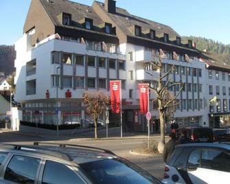 Hotel Garni Central - Triberg - Edificio