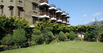 Blossoms Village Resort - Dharamshala