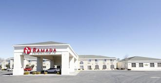 Ramada by Wyndham Williams/Grand Canyon Area - Williams - Gebäude