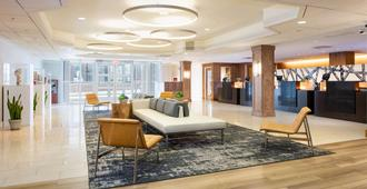 Doubletree by Hilton Hotel & Suites Pittsburgh Downtown - פיטסבורג - לובי