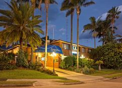 Sapphire Palms Motel - The Entrance - Bygning