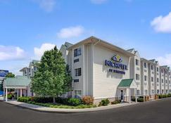 Microtel Inn & Suites by Wyndham Indianapolis Airport - Indianapolis - Toà nhà