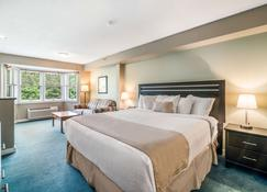 The Valley Inn Ascend Hotel Collection - Waterville Valley - Bedroom
