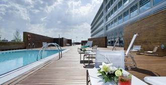 Hotel Hiberus - Zaragoza - Piscina