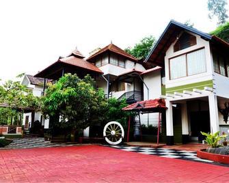 Olives Resort - Kalpetta - Building