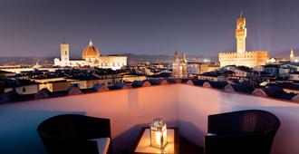 Hotel Torre Guelfa - Florence - Outdoor view