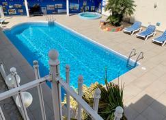 Citotel Amerique Hotel - Palavas-les-Flots - Piscina