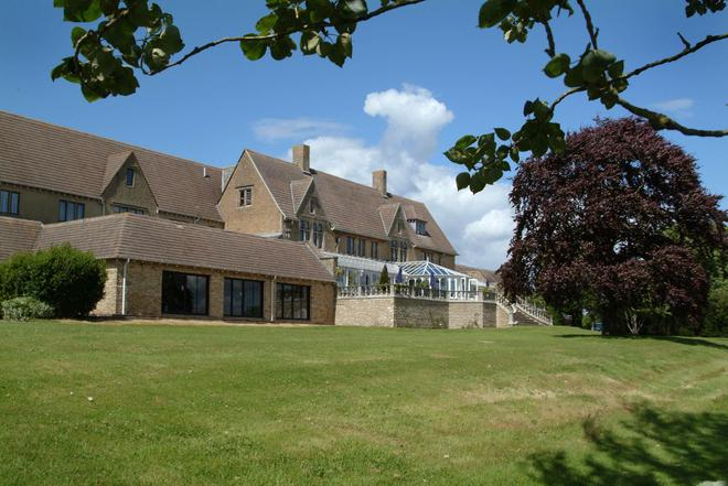 Cricklade House Hotel, Sure Hotel Collection by Best Western - Swindon - Building